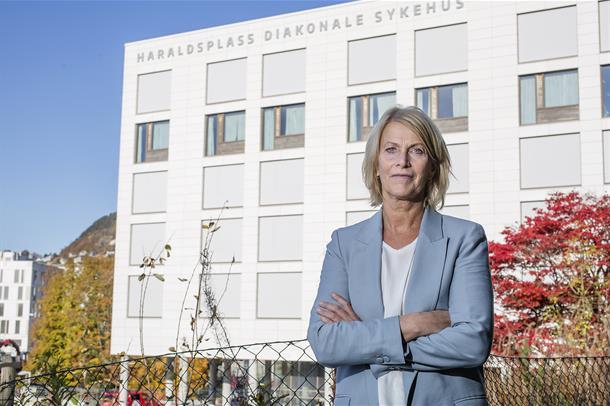 Adm. direktør Kjerstin Fyllingen retter ei stor takk til alle tilsette for innsatsen under pandemien.