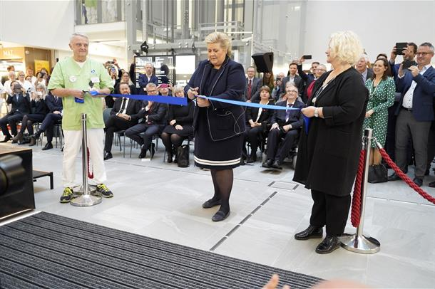 Statsminister Erna Solberg stod for den offisielle åpningen av det nye sykehuset på Haraldsplass
